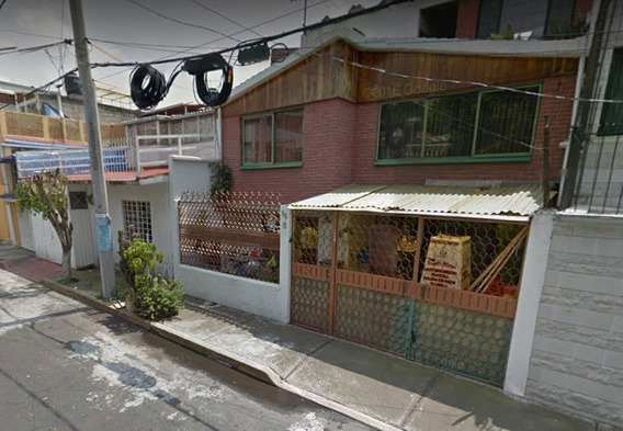 Hermosa Casa En Coyoacan En Venta