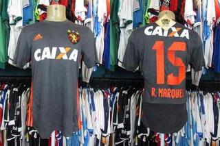 Sport Recife 2017 Camisa Reserva Tamanho M # 15 R. Marques.