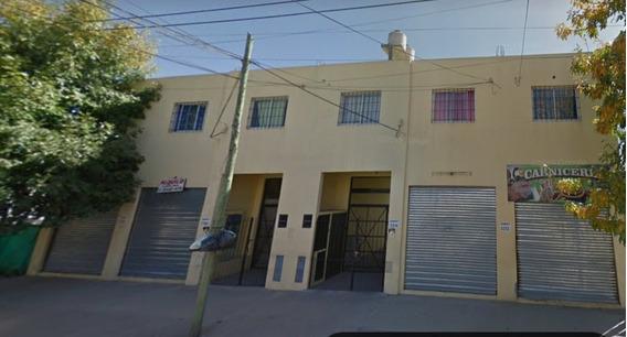 Alquiler Departamento 2 Amb Planta Alta C/ Cochera Jose C. P