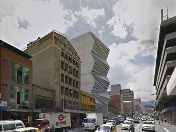 Bodega En Pleno Centro De Medellín, Negociable