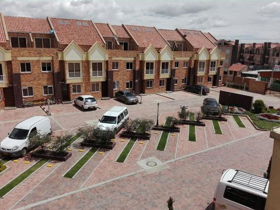 Se Vende Casa En Conjunto Bogotá - Mosquera