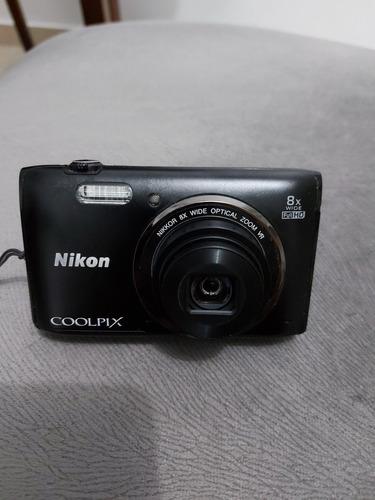 Camera Nikon Coolpix S5300