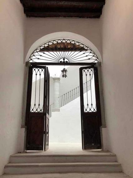 Renta Casa Señorial Uso Mixto Centro Histórico Guanajuato