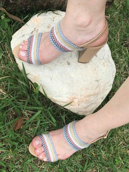 Sandália Feminina De Salto Alto Com Tiras Delicada E Corda