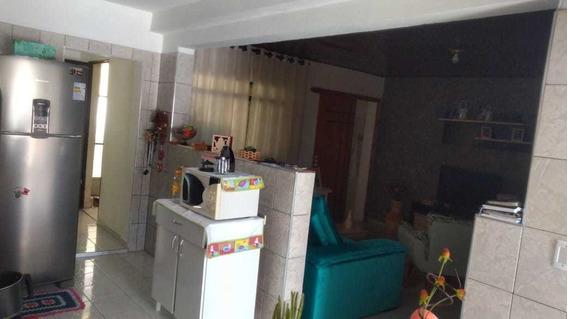 Casa No Jardim Marilu