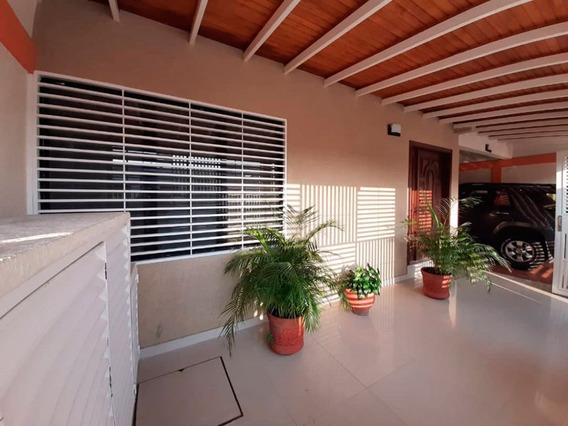 Casa En Venta, Urb. El Remanso, Alto Barinas, Barinas