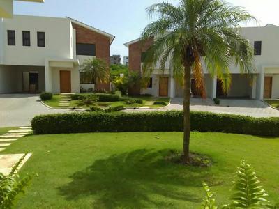 Casa En Alquiler En Ciudad Modelo Santo Domingo Norte