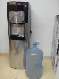 Enfriador De Agua Con Cafetera Para Una Taza Viva