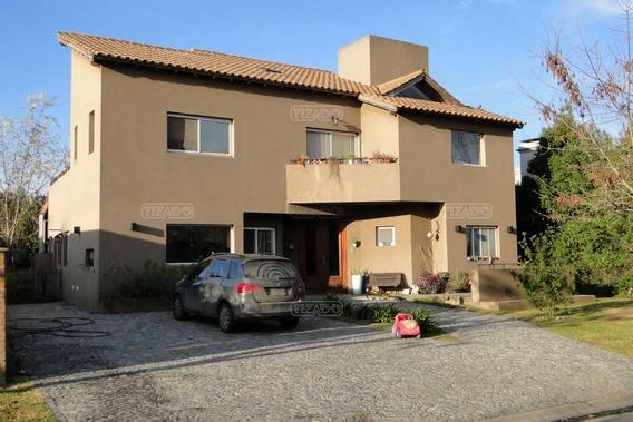 Casa En Venta, 3 Dormitorios En San Isidro Labrador, Villanueva