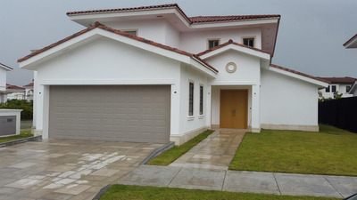 17-3192ml Espectacular Casa A Estrenar En Santa Maria Golf
