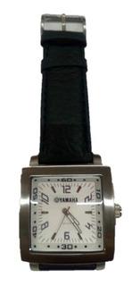 Reloj Yamaha Caballero Con Correa Tamaño 4x4 Cm