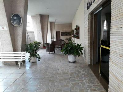Centro - Apto Em Bom Local, Prédio Em Esquina, Estuda Permut - 1033-1-765151