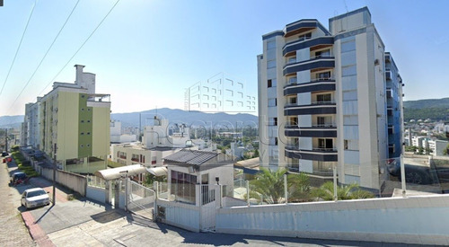 Imagem 1 de 10 de Apartamento Mobiliado Com 1 Quarto A Venda Na Carvoeira Em Florianopolis - V-82014