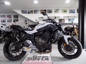 Yamaha Mt07 Blanca 2017