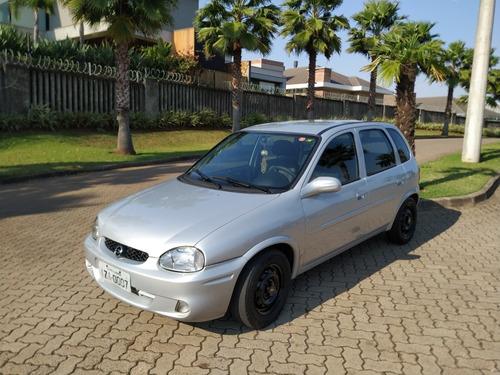 Imagem 1 de 7 de Chevrolet Corsa 2000 1.0 Wind 5p