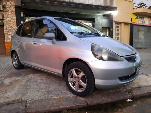 Honda Fit Lx 1.4 2005  Financio/permuto