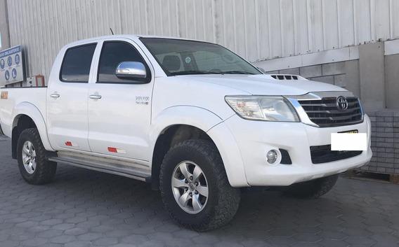Toyota Hilux Srv