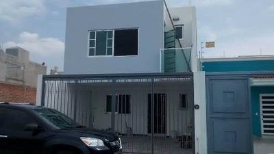 Residencial De La Barranca!!! Gdl Preciosa Casa En Venta