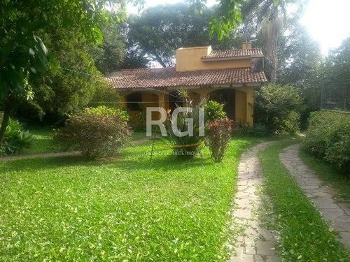 Casa Em Cavalhada Com 2 Dormitórios - Mi17908
