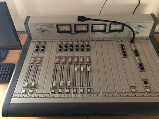Consola De Radio Am/fm Profesional Ars 4000r