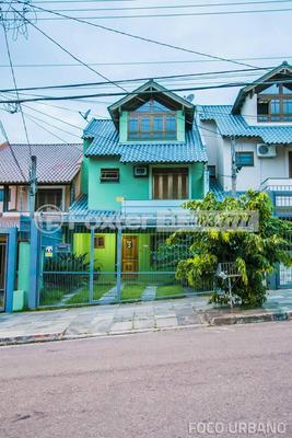 Casa, 3 Dormitórios, 178.06 M², Hípica - 122274