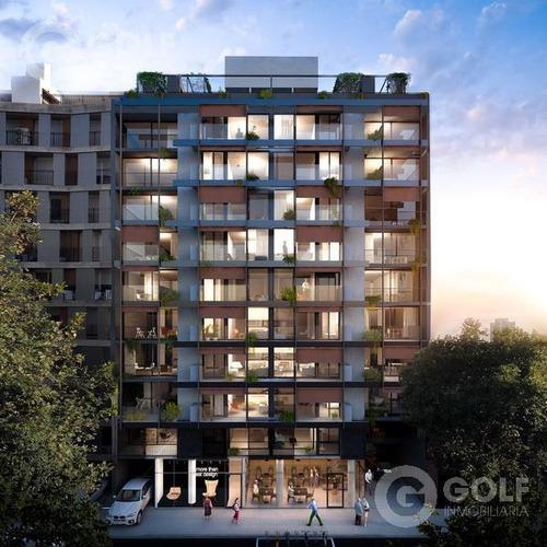Vendo Apartamento De 1 Dormitorio Con Patio, En Construcción, Garajes Opcionales, Próximo Al Centro