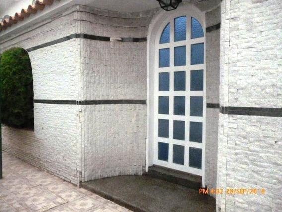 Casa En Venta. La Victoria. Cod Flex 19-3007 Mg