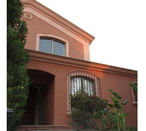 Excelente Casa En Sector Valle La Dehesa / Paseo Pie Andino