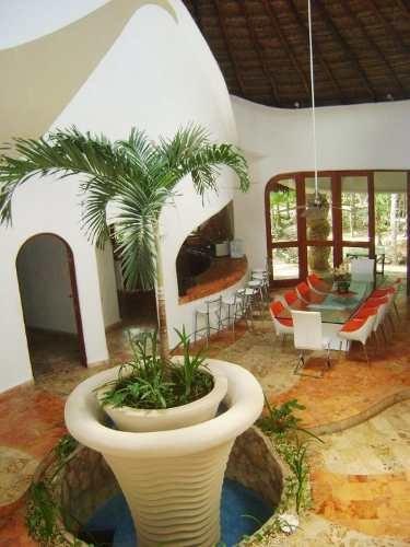 Hogar Inspirado En Palacio Maya En Venta En Cancún Centro C1656