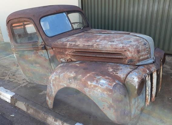 Ford 1946 Caveirinha
