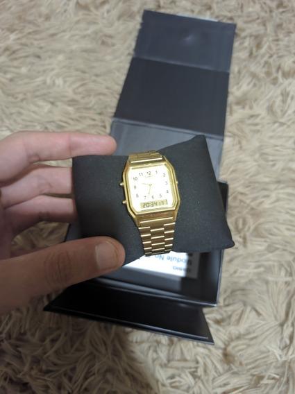 Relógio Casio Retrô Dourado No.5154
