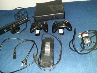 Xbox 360 4gb Con Kinetic ,25 Juegos Originales Y 2 Joysticks
