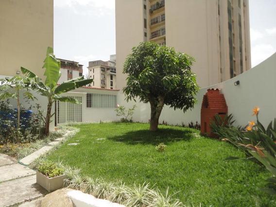 Super Oportunidad!apartamento Con La Comodidad De Una Casa..