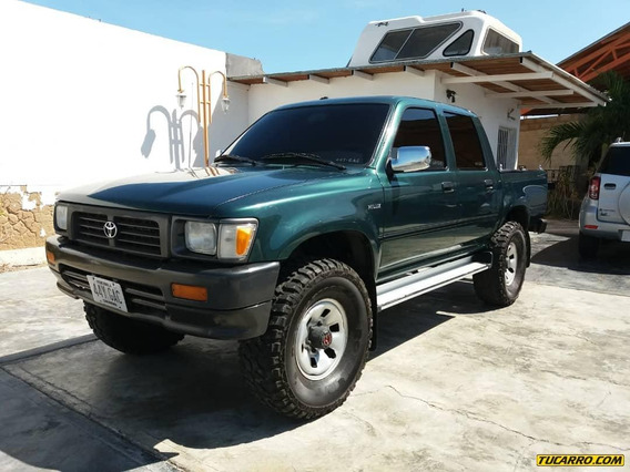 Toyota Hilux Sincronica 4x4