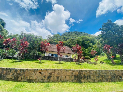 Casa Com 5 Dormitórios À Venda, 350 M² Por R$ 750.000,00 - Granja Guarani - Teresópolis/rj - Ca0811