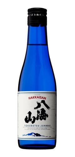 Imagen 1 de 4 de Sake Hakkaisan Tokubetsu Junmai (vino De Arroz) 300ml