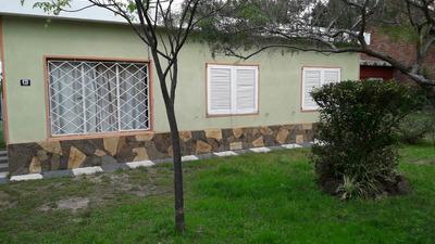 Muy Buena Casa 3 Dormitorios, A 2 Cuadras De La Playa.
