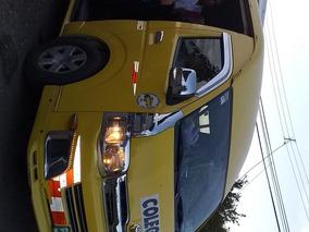 Micro Bus Hiace 2013