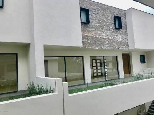 Casa En Venta En Lomas De Tecamachalco, Naucalpan De Juarez, Rah-mx-20-1401