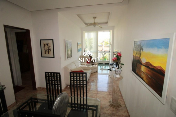 Apartamento De 2 Quartos, Bairro Araujo [v17] - V17