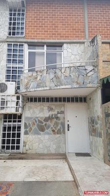 Nueva Casarapa Town House