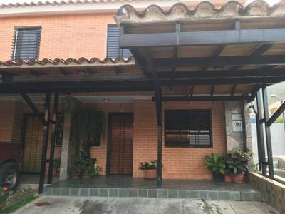 Ks Townhouse En Venta El Rincon 04244630826