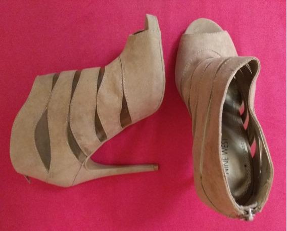 Zapatos Stilletos De Gamuza Camel