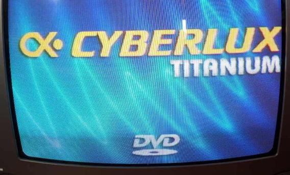 Reproductor Dvd Cyberlux Con Karaoke Y Entrada Usb