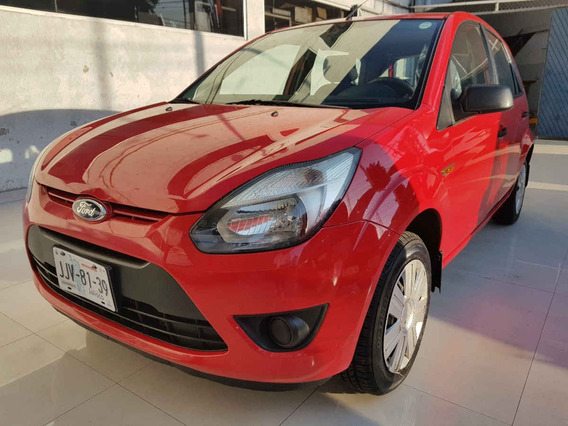 Ford Ikon 2012 5p Hatchback Ambiente 5vel A/a