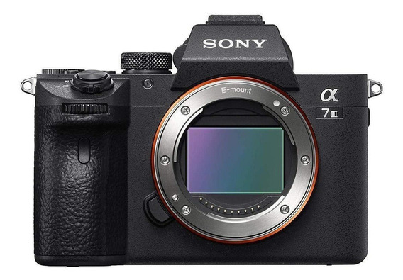 Sony Alpha 7 III mirrorless cor preto