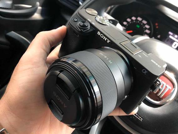 Sony A6400 Corpo + Lente Sony 50mm 1.8 + Lente Sony 28mm 2.0