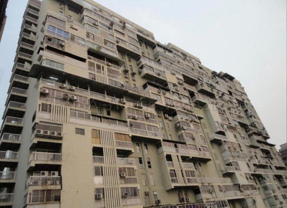 Apartamento En Alquiler Urb Los Chaguaramos Mls #20-16755 Jt