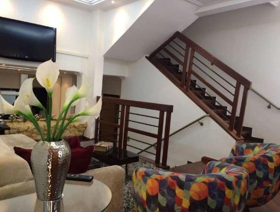 Casa 03 Quartos No Bairro Ouro Preto. - 3419