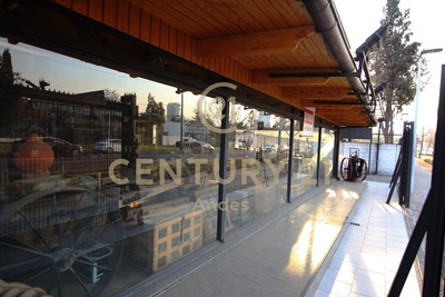Casa Comercial Las Condes Lv Centenario